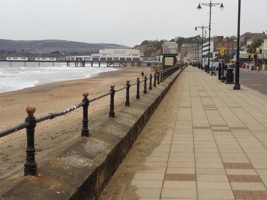 Shanklin to Ventnor Coastal Walk: 清々しい