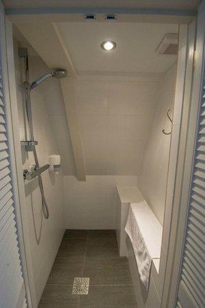 Hotel Teun: La doccia