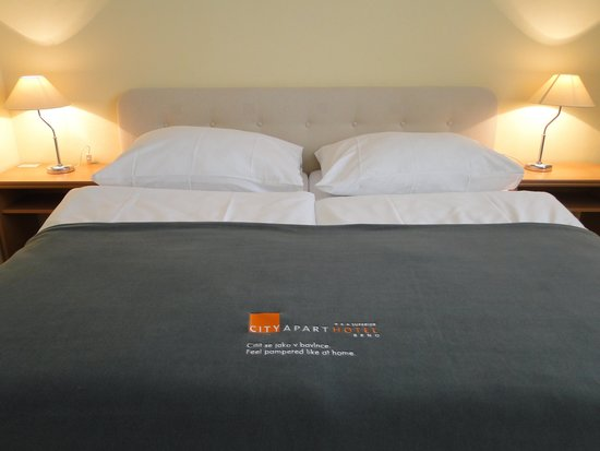 City Apart Hotel Brno: beds