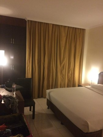 Lucky Inn Hotel: standard room at ground floor