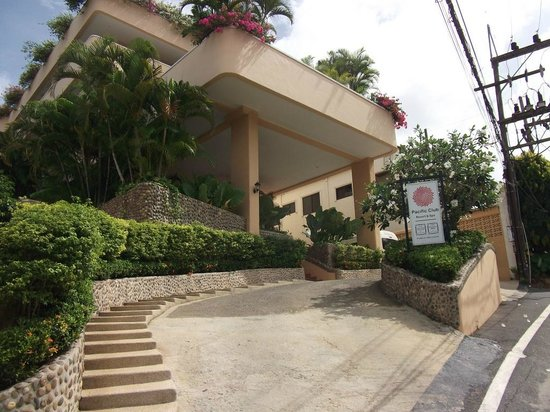 Pacific Club Resort: Entrance
