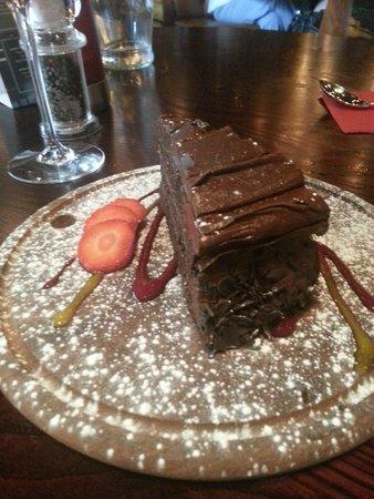 Fazenda Rodizio Bar and Grill : Impromptu birthday cake - so unexpected, and scrum my!!!