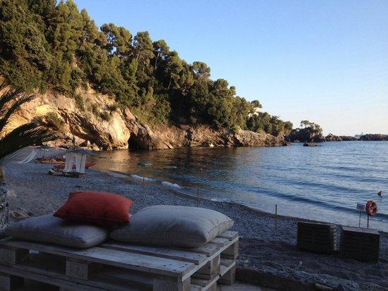 Eco del Mare: Divanetti in riva al mare...!!