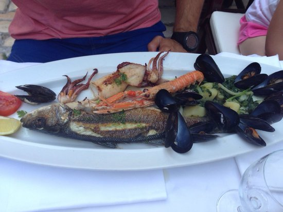 Balbi: Sea food plate for 1 person.