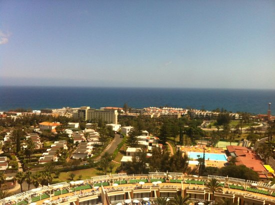 Gloria Palace San Agustín Thalasso & Hotel: Panorama z pokoju z balkonem.