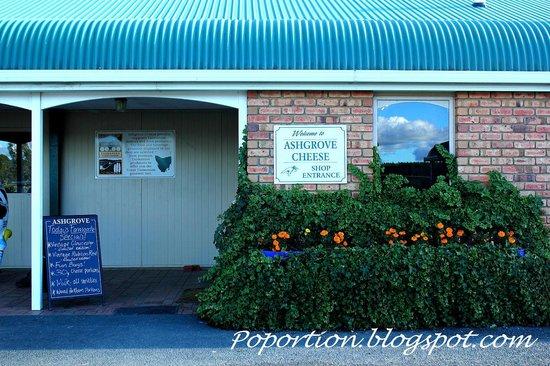 Ashgrove Tasmanian Farm Cheese: Shop front