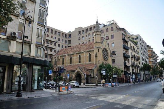 Grand Hotel et Des Palmes : Justo al salir del hotel