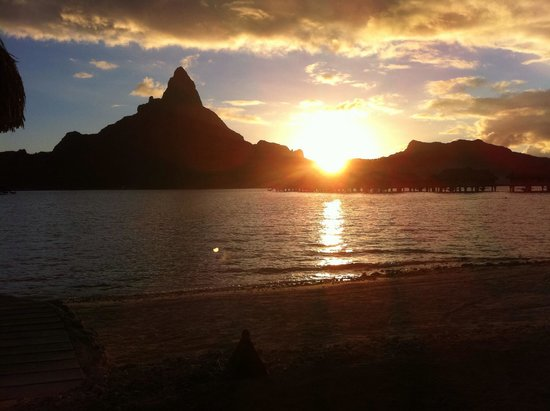 InterContinental Bora Bora Resort & Thalasso Spa: Sunset
