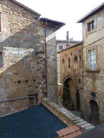 Valentino Hotel: Old village rooftops