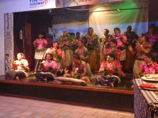 Fiji Hideaway Resort & Spa: Always had great evening entertainment