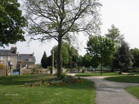 Jardin Anglais Picture Of Centre Historique Dinan Tripadvisor