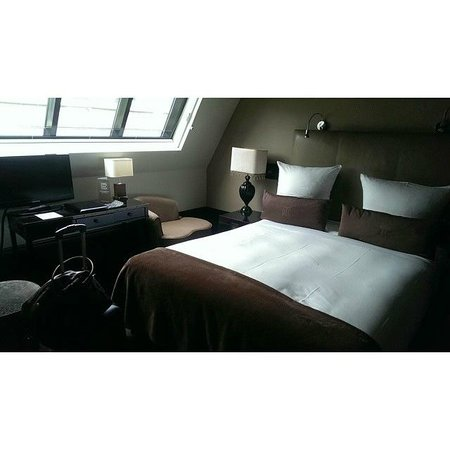 The College Hotel: Room 203