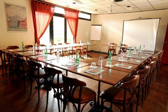 Hôtel balladins Toulouse Purpan : Salle séminaire