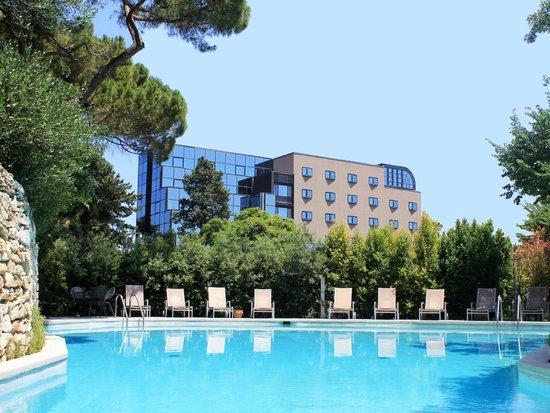 Photo of Mercure Villa Romanazzi Carducci Bari