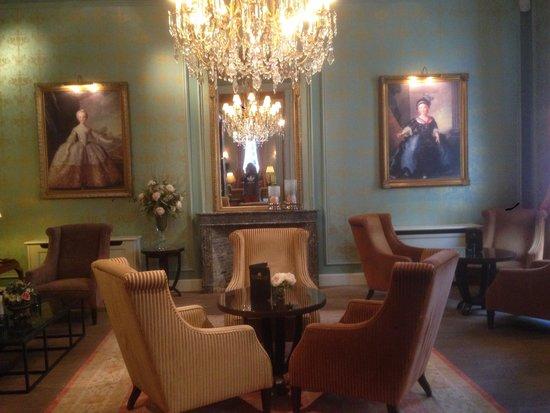 Grand Hotel Casselbergh Bruges: Бар