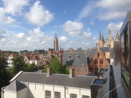 Grand Hotel Casselbergh Bruges: Вид на канал