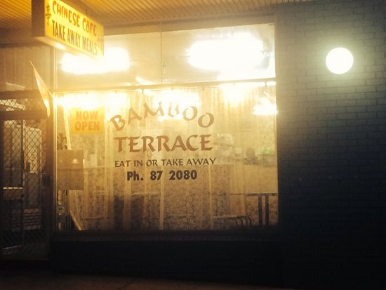 Bamboo Terrace Chinese Take Away: Front of resturaunt.
