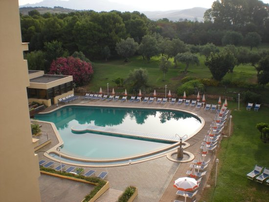 Club Lipari Hotel : piscine