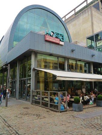 Grand Cafe Horta : Façade et terrasse