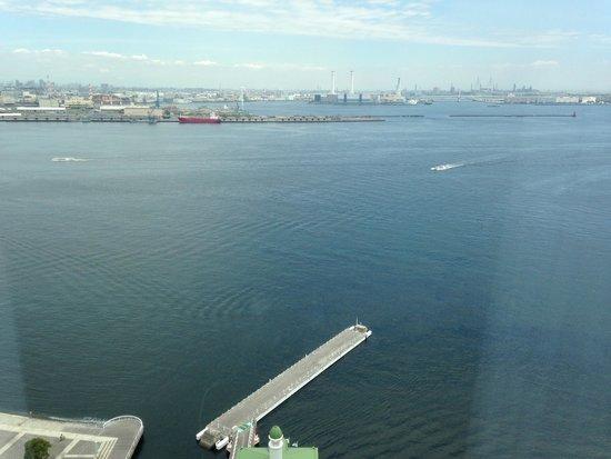 InterContinental  Yokohama Grand: View from 2110