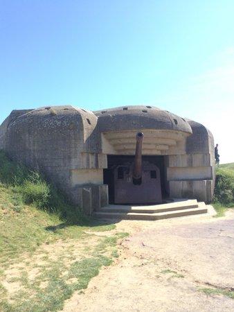 Longues Battery: Bunker con cannone in ottime condizioni!