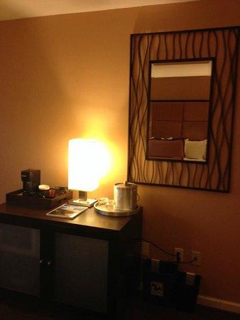 Mariposa Inn and Suites : machine à café, glaçons