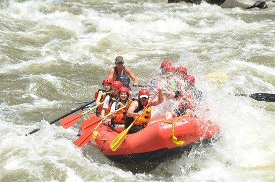 Rock Gardens Rafting: Shoshone class 4 rapids.
