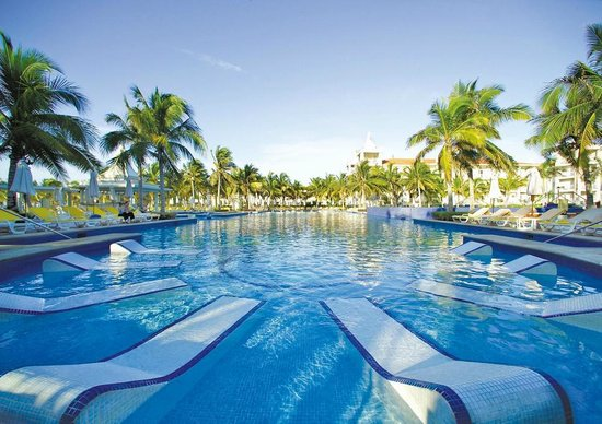 Hotel Riu Palace Riviera Maya: Outdoor pool