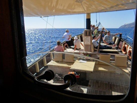Bussard & Inia Ocean Explorer Tazacorte : Blick von der Brücke zum Sonnendeck.