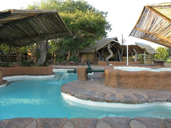 Motsomi Lodge & Tent Camp - SafariNow.com