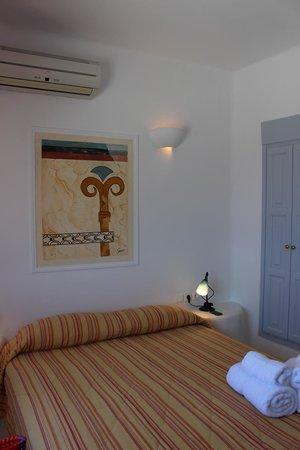 Cliff Side Suites: Double Room
