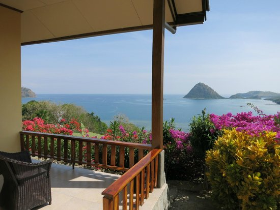 Golo Hilltop Hotel & Restaurant: The Porch