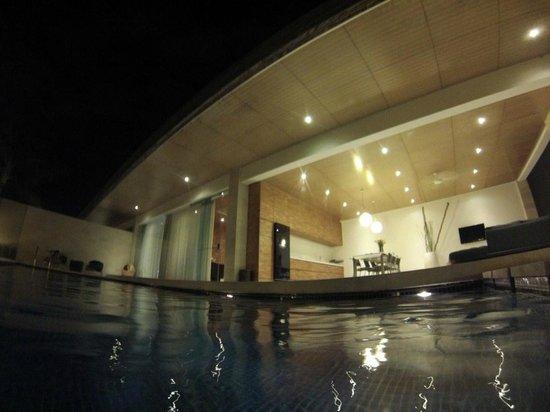 One Eleven: Villa from the swimmingpool