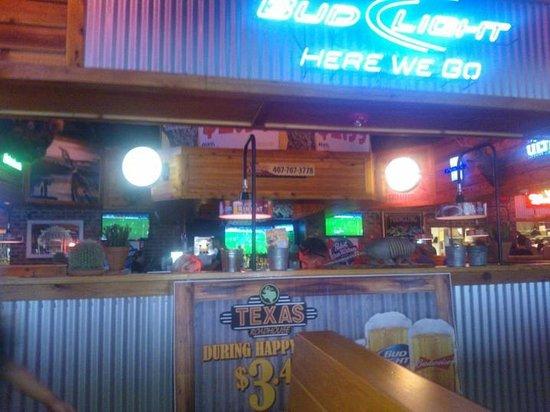 Texas Roadhouse: Great atmosphere
