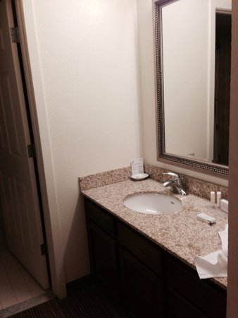 Residence Inn Baltimore BWI Airport: Bathroom