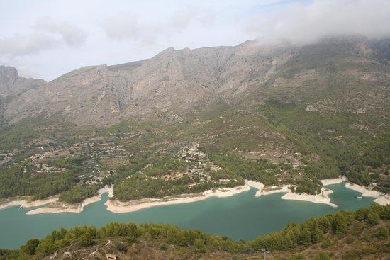 Valle del Guadalest: het meer