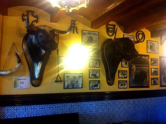 Hotel Conde Rodrigo II: Decoración taurina