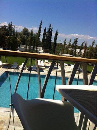 Ozadi Tavira Hotel: Vista desde el bar de la piscina