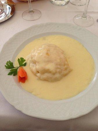Lago Pianozes: Polenta e formaggio fuso. ������