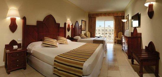 Hotel Riu Vallarta: Room