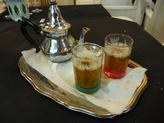 LE 20 : Moroccan tea