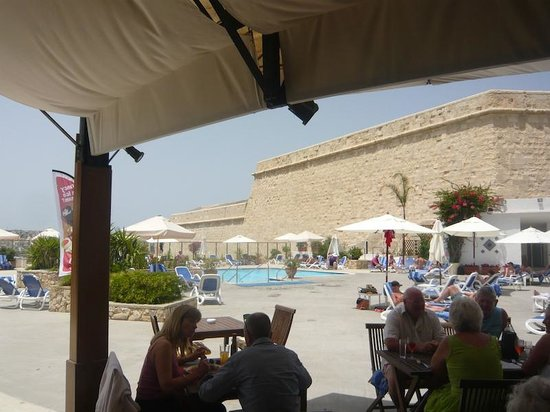 The Phoenicia Malta : Pool area