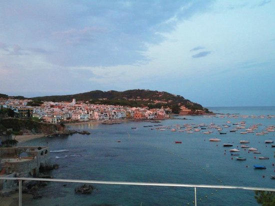 Can Gelpi: View of Calella