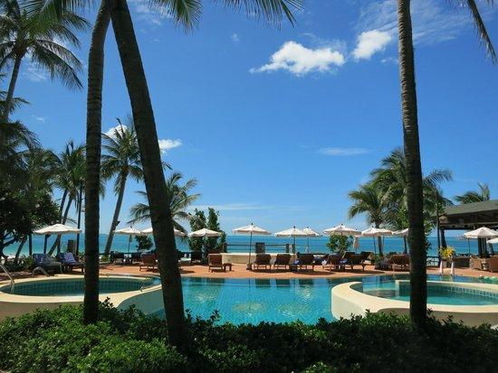 Banana Fan Sea Resort: View from Pool