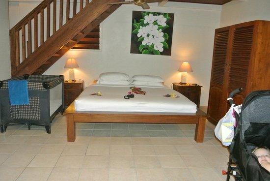 Erakor Island Resort & Spa : Master bed