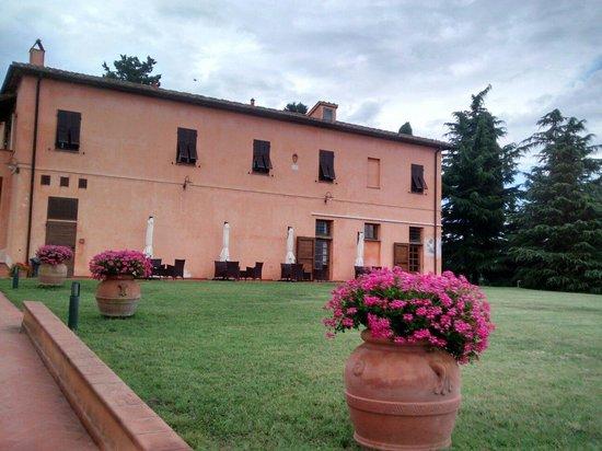 Agriturismo Santo Pietro: Edificio principale