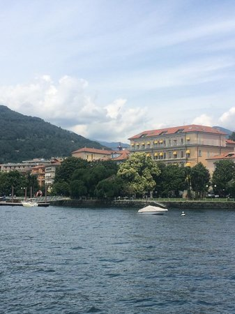 Europalace Hotel: Hotel from the boat to Stresa