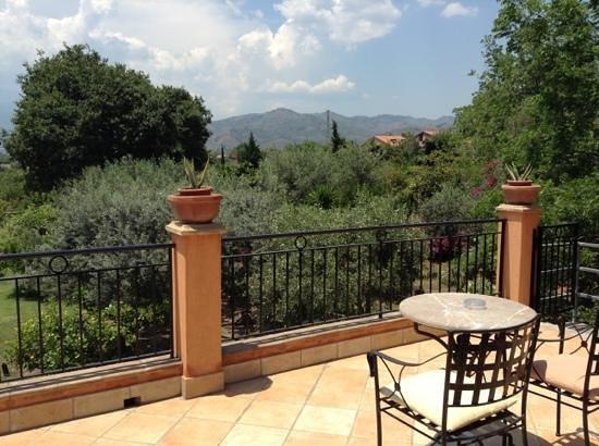 B&B Villa Maria Giovanna: вид с общего балкона виллы