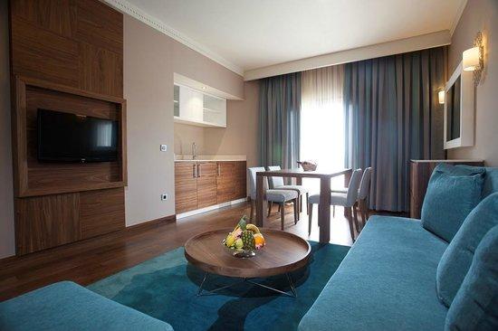 SENTIDO Letoonia Golf Resort : Family Suit Living Room