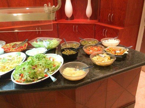 Hotel Delfin Mar: Much food